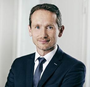 """Udenrigsminister Kristian Jensen kalder ambassadørernes arbejde med at sikre Danmarks omdømme ude i verden for: """"ret enkel"""". Foto: Ulrik Jantzen."""